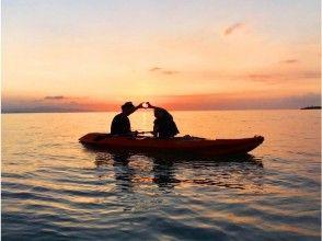 [Okinawa Ishigaki Island] overlooking the Taketomi Island and Iriomote Island! Skeleton kayak experience (Sunset Tour)
