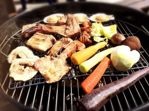 [Kanagawa Prefecture, Miura Peninsula] BBQ locally produced and consumed Kanagawa Prefecture pork and Miura vegetables [In front of you enjoy food at a perfect location by the sea]
