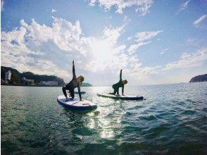 【湘南・逗子】SUP YOGA +  自然の中でリラックス&心地良いフィットネス  [写真撮影付き]