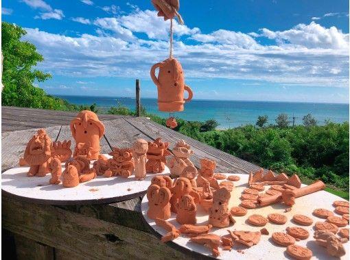 【沖縄・恩納村】手作り体験!陶芸.やちむん作品は自由です。シーサー作りは女子旅.ファミリー.修学旅行にお勧め