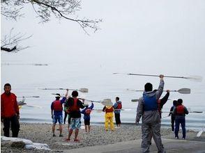 【滋賀・琵琶湖】団体割引!カヤック体験スクール&バーベキュー(10名以上で参加)の画像