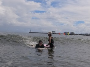 [Shonan / Enoshima] Full-scale body board lessons for beginners! All equipment Rental etc. included! [1 minute walk to the sea]