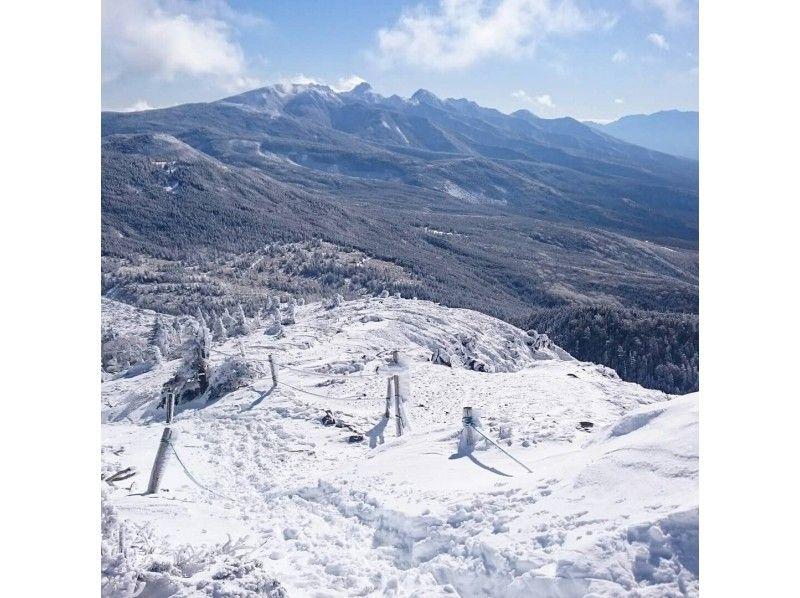 【長野・北八ヶ岳】登山ガイドが案内する北横岳スノーハイクの紹介画像