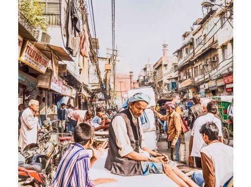 初めてのインドはオンラインで!インド出身ガイドがご案内する首都デリー周辺オンライン旅行体験の紹介画像