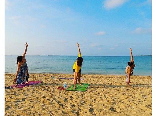 【沖縄・石垣島】MORNING BEACH YOGA(朝ヨガ)の紹介画像