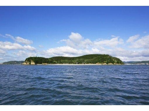 【岡山・瀬戸内海】無人島を丸ごと貸切ってマリンアクティビティを満喫!送迎付きで手ぶらOK!