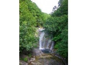 [Hokkaido / Shiretoko] Kamui Wacka Waterfall eMTB Tour