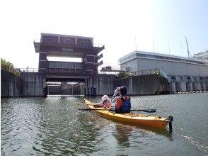 "[Tokyo / Edogawa] Kayak experience like the Panama Canal ""Tokyo Waterway Kayak Tour (half-day: B course)"""