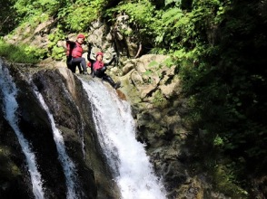 [Hokkaido / Niseko] Canyoning! Summer only! Let's canyoning on a hot day ♪