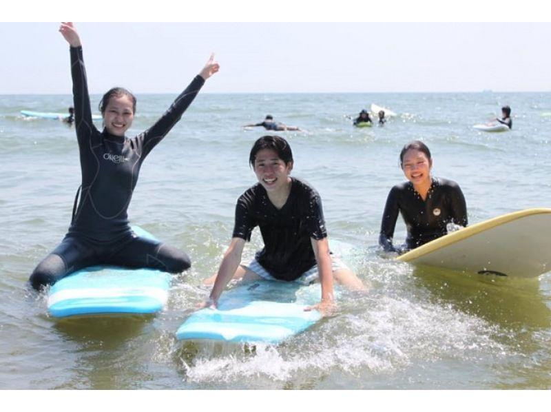 【少人数制】仲間だけのプライベートサーフィンスクールの紹介画像