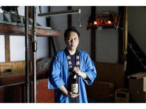 [Ishikawa / Komatsu City] Encounter the sentiments of a young brewery master who has taken on the challenge of wooden barrel-brewing, and his meticulous sake-production process.