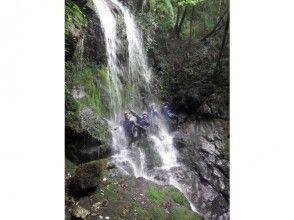 [Kumamoto Prefecture] Waterfall climbing (shower Climbing) Advanced course