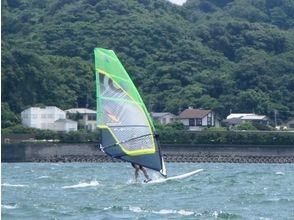 【湘南・逗子】逗子海岸で1番海に近いスクールでウインドサーフィンを1日堪能しませんか!?の画像