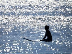 プライベートが安全!!いよサーフィンのベストシーズン!!未経験者大歓迎!!神奈川県・湘南・茅ケ崎で半日スクール!!