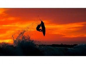 [湘南茅崎]半天的技能了衝浪學校(4小時的課程)
