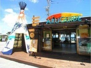 【沖縄 恩納 マリブビーチ】カヤックと青の洞窟シュノーケルの冒険ツアーの画像