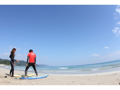 Regional common Use a coupon plan [Shizuoka / Izu] For beginners! Surfing and bodyboarding basic lessons!の紹介画像