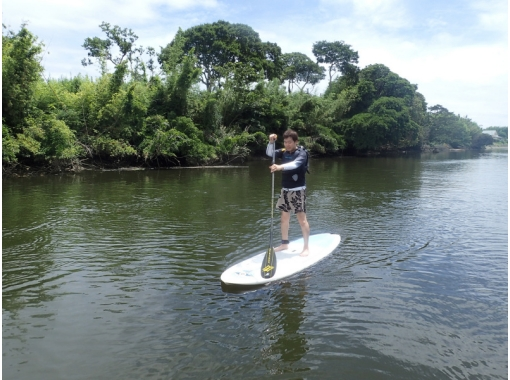 [One and a half hours of natural beauty from downtown Tokyo] Surf SUP beginner experience courseの紹介画像