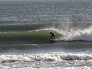【宮崎】宮崎空港のすぐ側でアクセス抜群!手ぶらOKのサーフィン体験スクール!の画像