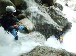 【滋賀】連瀑を登る Superシャワークライミング赤坂谷