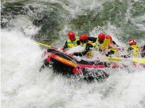 [群馬,水/水]貪婪W¯¯冒險!漂流和溪降集(含午餐)