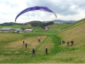 【岩手でパラグライダー】欲張りにミニチャレンジ&タンデムフライト満喫ブラン!(1日コース)の画像
