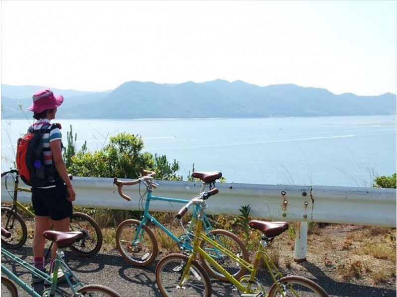 [Tokushima/Naruto] Kayak & Bike tour (around Naruto half-day Course) <Kayak ・ Cycling>の紹介画像