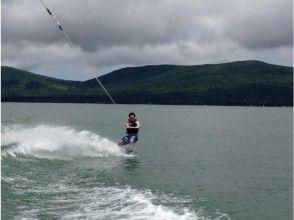 【山梨・山中湖】ウェイクボード体験(VIPプラン)の画像