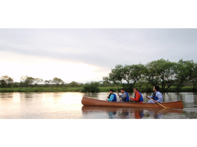 [Hokkaido ・ Kushiro River Wetlands】 Let's relax by canoe or boat while feeling the wind blowing on the wetlands until the water gate [Standard course]の紹介画像