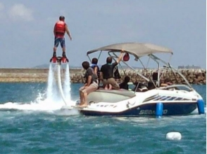 【Okinawa · beginner】 Enjoy Okinawa's sea in 10 minutes from Naha! A flyboard experience experienced by a special boat now! ! Image of