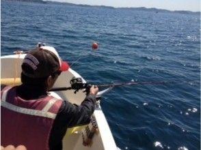 [จังหวัดคานากาโยโกฮามาชิ] ลองจับสัตว์ทะเล! เหมาเรือ Rapport 3 ภาพของหลักสูตร [เรือประมง]