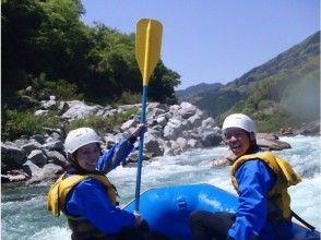 【四国・吉野川】激流体験!写真データ付き!吉野川ラフティング大歩危(おおぼけ)コース