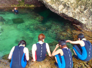 【沖縄・本島】秘密のオアシスを見に行こう!シュノーケリング無人島ツアー