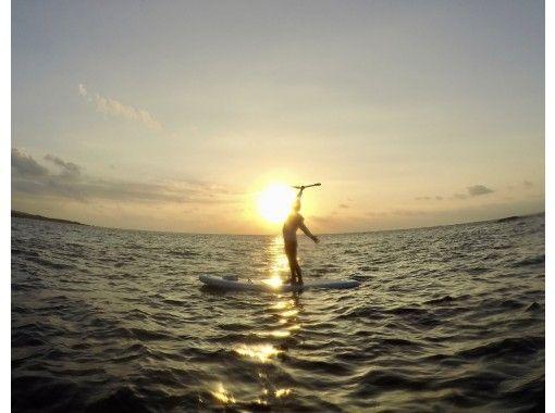 [Okinawa ・ Miyakojima] Sunset SUP photo tour (60-90 minutes)の紹介画像