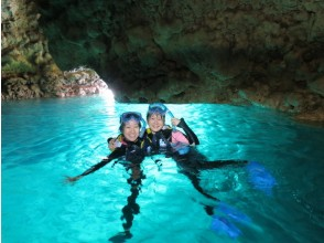 [Okinawa Maeda Misaki] full charter system, Easy boat held! Blue cave snorkel (★ There various discount ★)