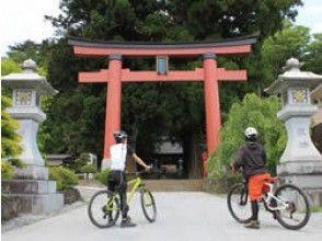 [Yamanashi Kawaguchiko] over the Fuji world cultural heritage! Guide image of cycling (MTB)