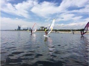 【千葉県・千葉市】自然を感じながらウインドサーフィン!ゆったり体験コース!の画像