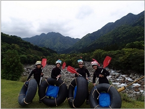 [Kagoshima Yakushima] can not be seen easily landscape is exceptional! Tube rafting (half day tour)