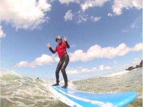 【沖縄・恩納村】体験ロングボードサーフィン(初めて~初心者向けレッスン)の画像