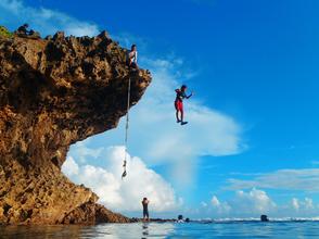 【沖縄・本島】大自然を遊びつくそう!クリフジャンプ&僕のオアシス【シュノーケリング】