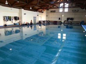 【兵庫・西宮】ライセンスが無くてもOK!未経験者歓迎! プールでお試しダイビングコースの画像