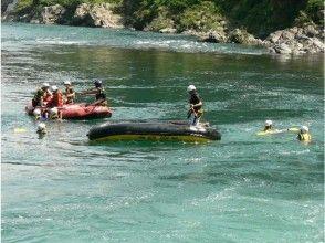 [Gifu Nagara] experience the nature of the roller coaster! Rafting (family plan)