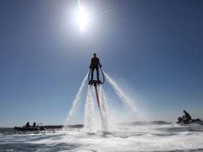 [Hyogo Himeji] Beginners welcome! Image of the fly-board experience to fly in the sky in the water pressure