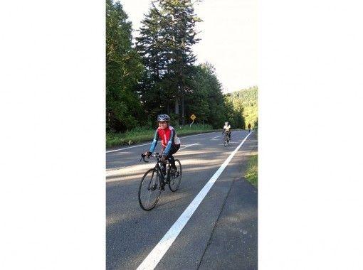 【 Hokkaido · Sapporo 】 Economy near Sapporo Road Bike Cycling Tour (1 Sun course)の紹介画像