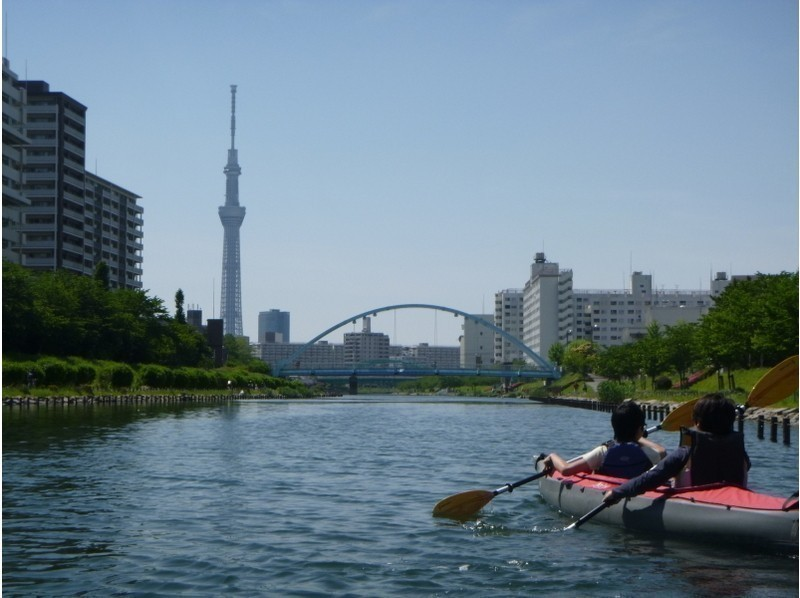 Featured canoeing experience with outdoor popularity rise