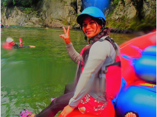 [Gunma/ Minakami half-day Rafting] Present photo data! «One-person free monitor course available»の紹介画像