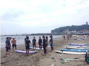 【湘南・江ノ島】初心者でも安心!大人のためのサーフィンスクール(3時間)の画像