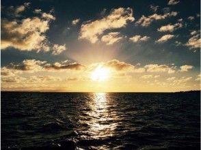 【沖縄・石垣島】ドキドキ体験!夜光虫が輝く夜の海へ行こう!ナイトシュノーケリング