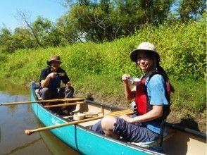 [Hokkaido ・ Kushiro River】 Let's feel the wind of nature slowly! Canoe experience day course (Kushirogawa wetland course)