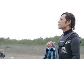 【宮崎・サンビーチ一ツ葉】お得に練習しよう!スクール4回チケットコース★スキムボード★【無料送迎付】